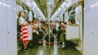 上下班的上海地铁