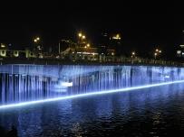 天津海河狮子林桥瀑布